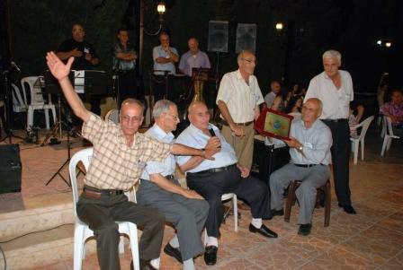 تكريم الفنان الشعبي المطرب الكبير إلياس حاصود أبو سهيل